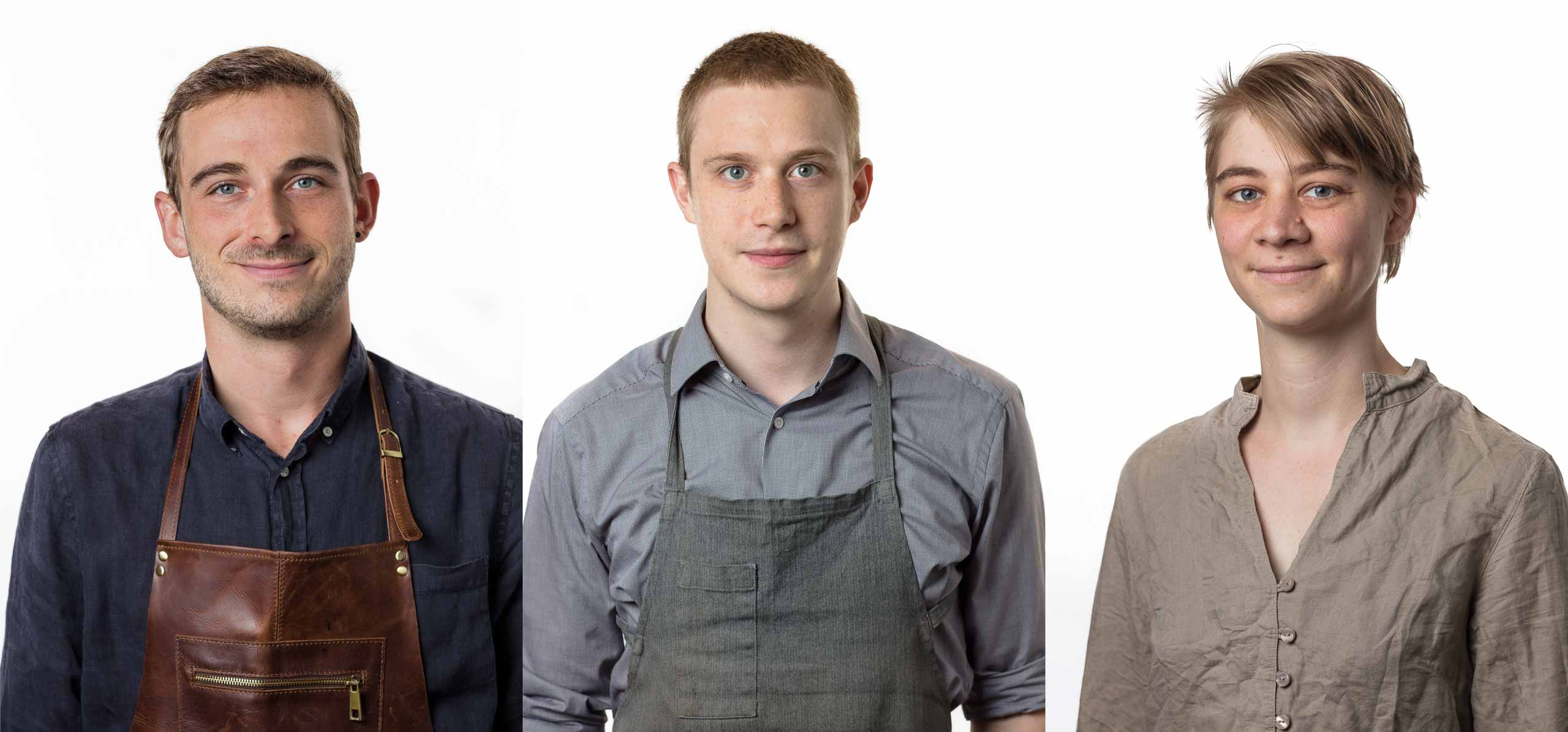 Drei Mitarbeiter-Portraits vor weißem Hintergrund